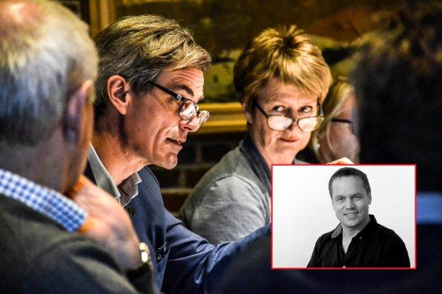ENIGE OM EN TING: Ordfører Bjørn Ole Gleditsch (H) og rådmann Gudrun Grindaker er uenige om mye, men én ting har de til felles. De peker på dårlig ledelse - skriver redaktør Steinar Ulrichsen (innfelt).