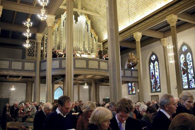 Kirken: Det er lokalt folk møter kirken. Det eneste grunnleggende kriteriet for en biskop er at vedkommende tilfredsstiller kvalifikasjonskravene for å kunne være prest.    Foto: Bjornar Bekkevard