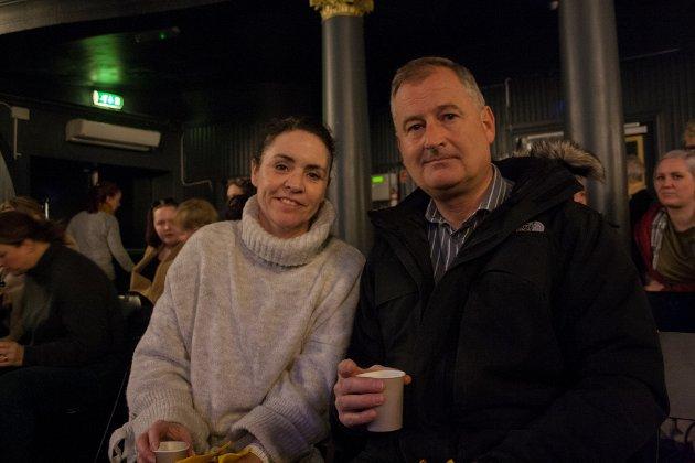Linda Jacqueline Philipsen (52) og Jan Rørvik Johnsen (52) så frem til å få noen innspill fra Petterson, og et innblikk i hvordan det oppleves å bli mobbet.