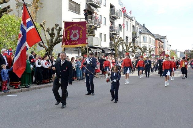 Borgertoget 17. mai 2015 Sandefjord Gutte og Jentekorps fyller 100 år i år