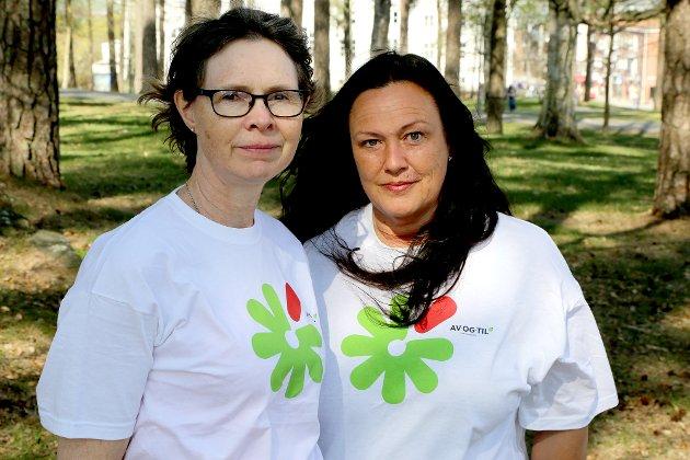 OPPFORDRING: Liv-Torill Osland Lunde og Tone Synnøve Faale i Sarpsborg kommune ber foreldre blande seg inn i ungdommens russetid.
