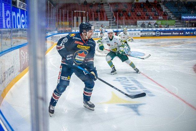 Spartas spiller Håkon Løken Pedersen i kampen mellom Sparta og Manglerud Star. Foto: Thomas Andersen
