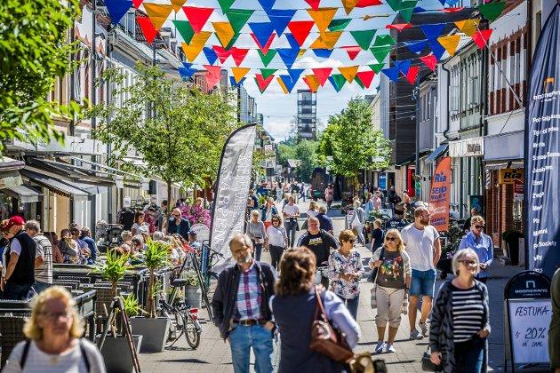 LYSERE TIDER: Smitteutviklingen i Sarpsborg er så positiv at det er all mulig grunn til å tro på lysere tider, skriver SAs nyhetsredaktør Petter Kalnes.