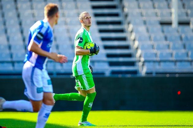 Sarpsborg 08s keeper David Mitov Nilsson i kampen mellom Sarpsborg 08 og Start. Foto: Thomas Andersen