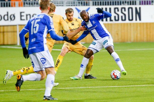 TØFT: Ibrahima Koné fikk en tøff match på topp mot Bodø/Glimt.