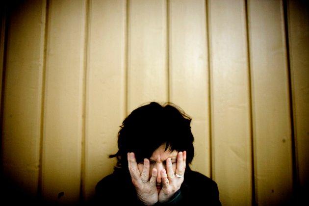Mental Helse frykter en psykisk helse-pandemi i etterdønningene av covid-19-pandemien. «Nå mer enn noen gang må det satses på psykisk helse. Hvis ikke, kan de menneskelige kostnadene bli enorme på lang sikt», skriver Connie Yven, fylkesleder i Mental Helse Øst, i dette innlegget. (Illustrasjonsfoto: Sara Johannessen Meek, NTB)