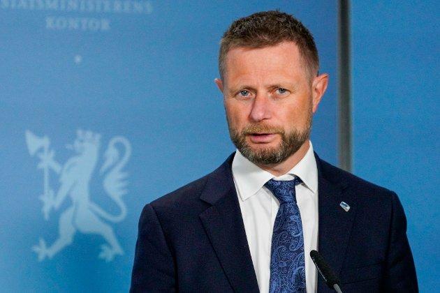 Helse- og omsorgsminister Bent Høie (H) under en pressekonferanse om koronasituasjonen.
