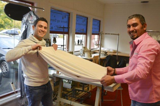 RENSERI: Syrerne Mohammed Johaim og Basel Al-Hamwai har lært seg norsk og skapt egen arbeidsplass.