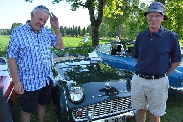 Stolt: Aarsrud og Helle har begge vært interessert i biler fra en svært ung alder. De påstår at de er født med den.