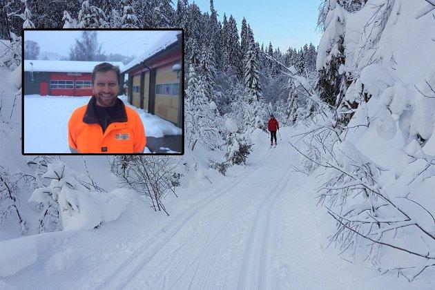 Ivar Pettersen, Avdelingsleder Vei, park og friluftsforvaltning svarer på kritikken fra Svelvik ILs skugruppe. – Kommunen hadde ikke ressurser/mannskap til å kjøre hele løypenettet søndag.