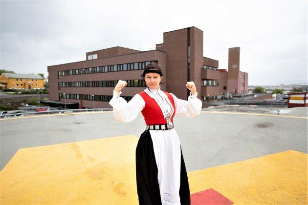 Store fellessykehus koster for mye, bygges for små og dekker ikke behovet folket har, skriver Anja Solvik i Bunadsgeriljaen. Foto: Odd Inge Teige
