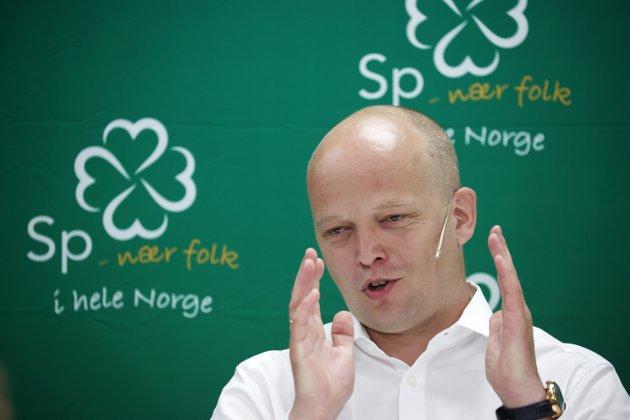 Eivind Magne Boksasp krever svar fra Senterpartiets ledelse om Møreaksen.