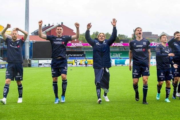 Seiler i medvind: Dan Peter Ulvestad (fra venstre), Andreas Hopmark, Olaus Skarsem, Snorre Strand Nilsen, Agon Mucolli og KBK jublet for seier mot Odd.