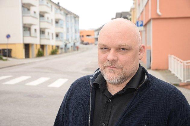 – Grunnen til at velgere på Nordmøre ikke bør stemme Arbeiderpartiet, er at Arbeiderpartiets stortingsgruppe gjentatte ganger har stemt mot å opprettholde fødeavdeling i Kristiansund etter at det såkalte «fellessykehuset» i Molde er ferdig, skriver Stig Anders Ohrvik, gruppeleder for Nordmørslista i Kristiansund.