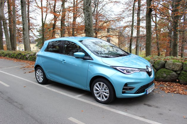 RULLER LANGT: WLTP-rekkevidden på nye Renault Zoe er nå rundt 390 kilometer. Dermed er dette blant elbilene på markedet som gir mest rekkevidde for pengene.