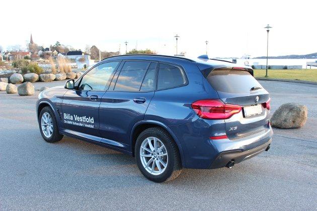 SPENNENDE NYHET: X3 xDrive 30e er den nye ladehybridutgaven av BMWs mellomstore SUV.