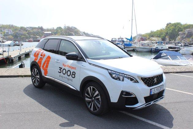 I TIDEN: Nye Peugeot 3008 GT Hybrid4 har en attraktiv kombinasjon av mye motoreffekt, ladehybridteknologi og firehjulsdrift.