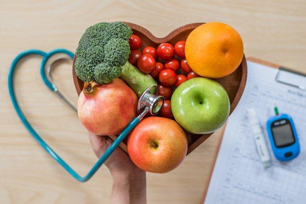 MÅ PRIORITERES: Det er urovekkende at stadig flere yngre får diabetes type 2, og at de ofte blir sykere enn eldre. Derfor er forebygging så uhyre viktig, sammen med nøye oppfølging.