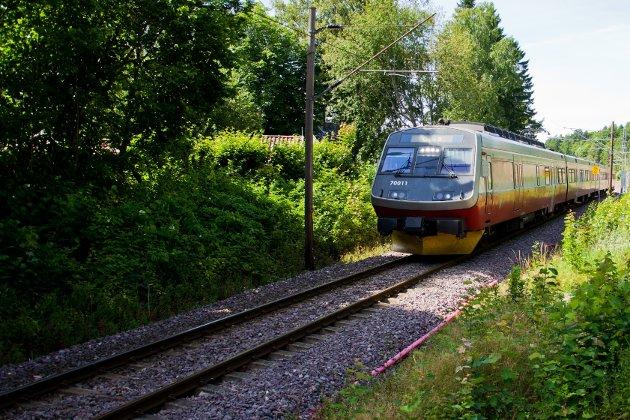 Rødt mener det må gå fortgang i utbygging av Vestfoldbanen - helt til Skien.