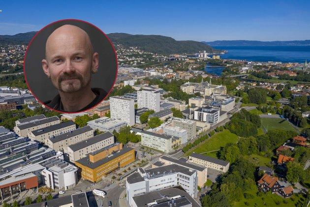 NTNU sitter med betydelig erfaring med ansatt ledelse og rekruttering av disse, som synes å bryte med verdier som bør være forankret ved Norges største universitet, skriver Aksel Tjora.