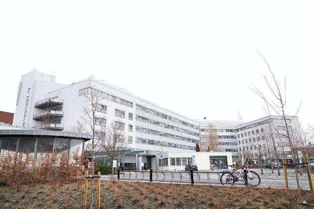Sykehus: Sykehuset i Levanger og resten av Helse Nord-Trøndelag står igjen overfor tøffe økonomiske prosesser. Foto: Johan Arnt Nesgård
