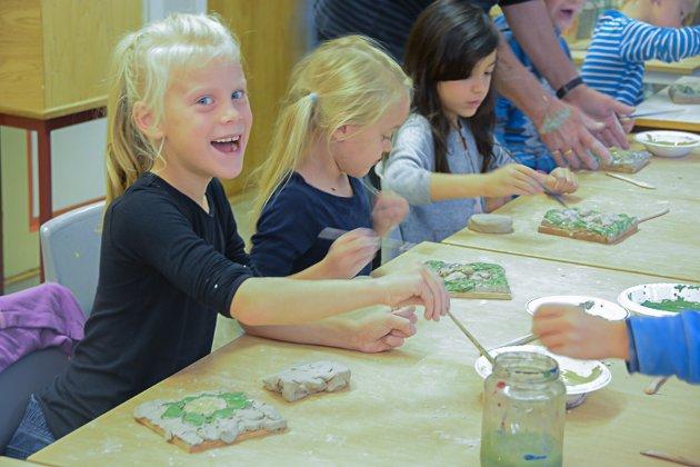 Firing Up. Norske Kunsthåndverkere har som mål å vekke interesse for keramikk hos barn og unge. Dypvåg skole