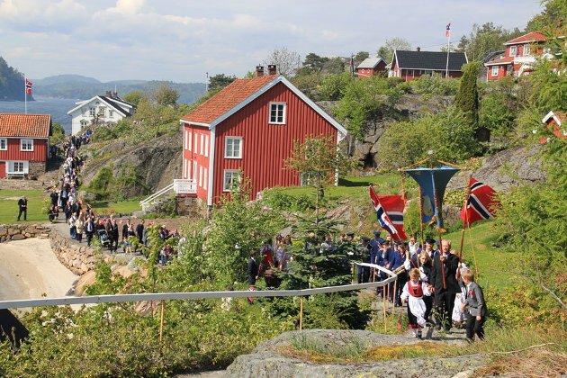 Skolen på Borøy ble nedlagt en gang på 60-tallet, allikevel har Borøy i årevis hatt tilflytting av barnefamilier.
