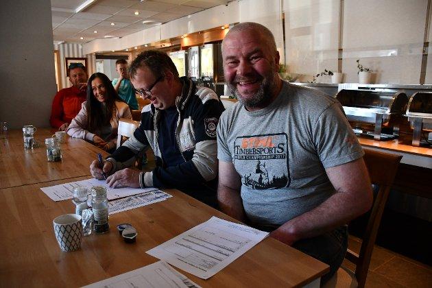 Lars Albert Albretsen og Jens Kristian Noraberg eier hver sin del av en dal oppe på Skibliene på Bergsmyr. De to grunnierne ønsker å legge tkil rette for et  motorsportanlegg her, gjennom en svært gunstig avtale.