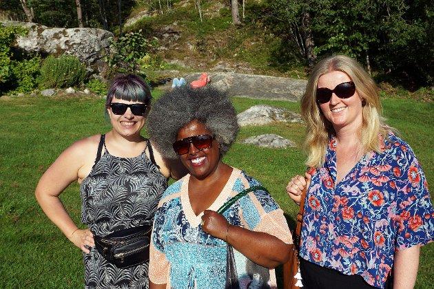 Inga, Hannah og Line kom fra Oslo for å overvære konserten.