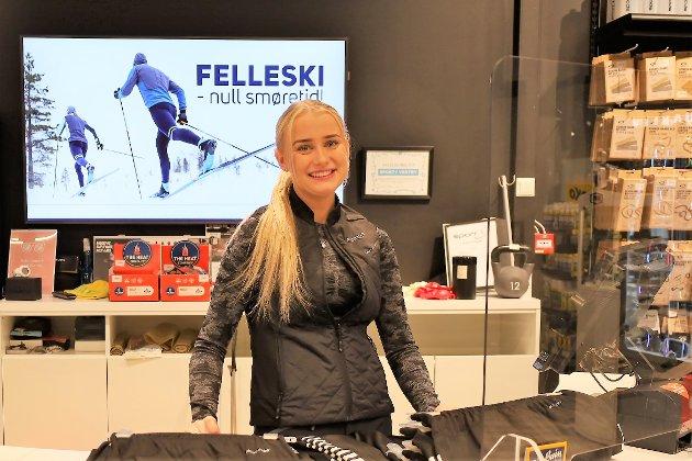 Malin Larsen Helland på Sport1 forteller at mange allerede har kommet innom for å kjøpe ull og varme klær. – Det har vært folk her for å si det sånn, forteller hun.