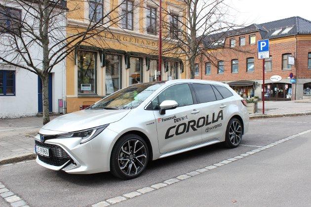 OVERRASKER: Nye Toyota Corolla imponerer med gode kjøreegenskaper og et spennende design.