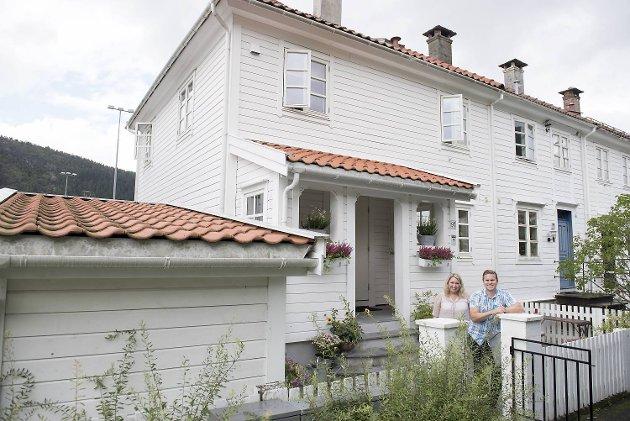 Torhild Agasøster og Bjørn Henrik Kvamme kjøpte rekkehuset i 2009. Etter å ha leid det ut i en periode, helrenoverte de huset og flyttet inn selv.