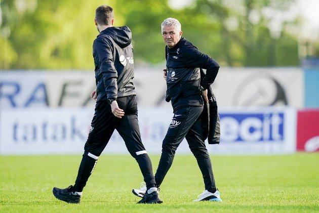 BAs offside-ekspert, Mathias Macody Lund, har troen på at Eirik Horneland (t.v.) og Kåre Ingebrigtsen skal snu det.