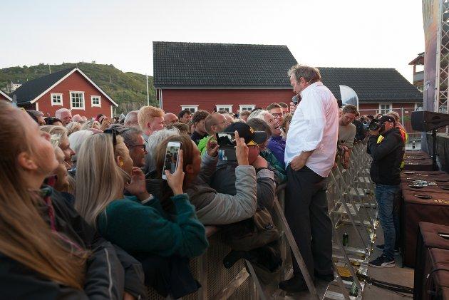Frå konsertane med Vinskvetten og Kokken Tor laurdag kveld på Kalvåg Kystfestival