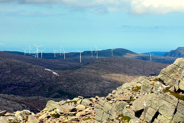 KATASTROFALT: Ein lekkasje frå ein av vindturbinane på Guleslettene kan få katastrofale følger, både for befolkning og industri, skriv artikkelforfattaren.