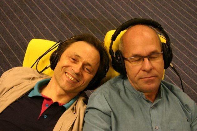 Musikkterapi: Kronikkforfatter Audun Myskja (til venstre) og Anders Rogg da de i 2005 ga ut dobbelt-CD beregnet på å virke forebyggende for sinnets helse. (Arkivfoto: Rune Wikstøl)