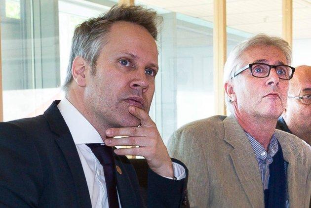 Plasserer ansvar: Ordfører Jon-Ivar Nygård og rådmann Ole Petter Finess må vise at de erkjenner problemet. Dessverre har vi sett lite selvkritikk i denne saken, skriver Velgaard.