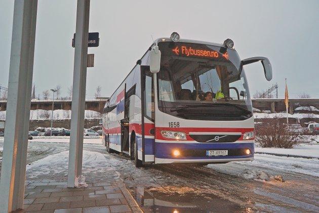 IKKE DRIVVERDIG: Boreal forklarer at det ikke er drivverdig å øke antall ruter med Flybussen.
