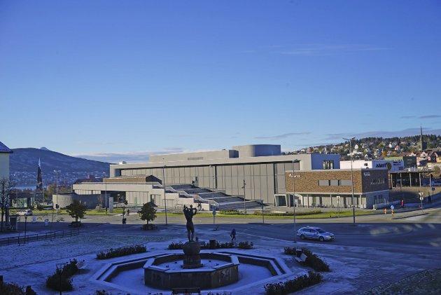 VEIEN VIDERE: Nå preges diskusjonen av hvordan Narviksenteret ved siden av museumsdriften også kan sette enda mer fokus på dagens utfordringer, skriver styremedlem Jens Revold.