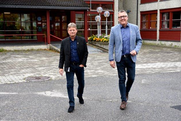 At det skal være like dyrt å reise med tog fra Ringebu til Oslo som å fly fra Oslo til Paris er et bilde på en jernbanepolitikk som ikke er skapt for å gi flest mulig et best mulig tilbud, mener ordførerne Arne Fossmo og Rune Støstad.