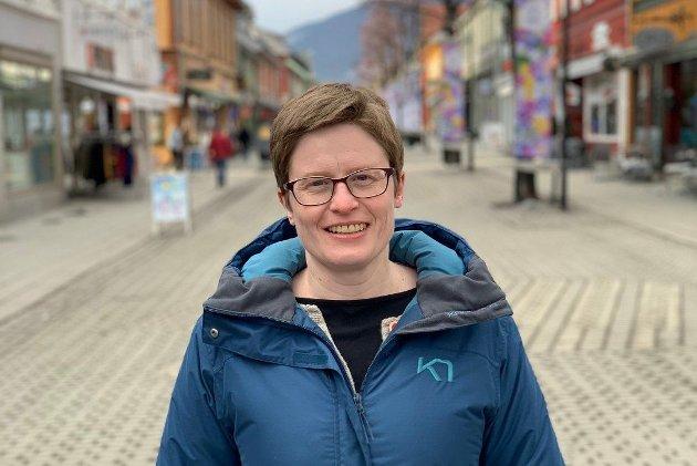IKT: Det er på tide at ein hardt pressa kommuneøkonomi endeleg startar med å få inntekter frå eit kommersielt selskap med kommunale eigarar, skriv Eva Marie Mathisen (Raudt).