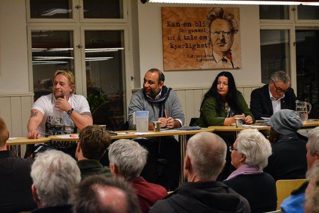 I panelet satt Arno Madsen (f.v.), Shan Salman Ibrahim Butt, Wenche Erichsen og Per Egil Evensen.