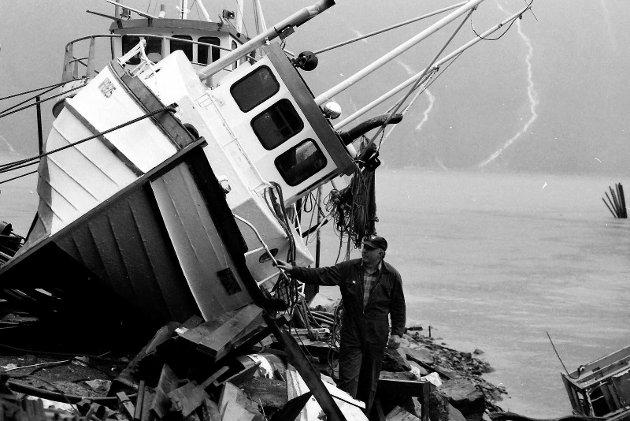 Uværskader i småbåthavna Mosjøen 1989