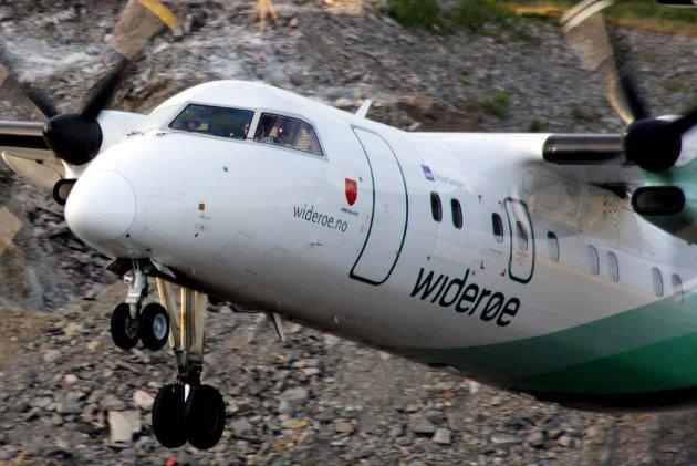 Widerøe har hatt Dash 8 i tjeneste siden 1993. Foto: Eirik Palm