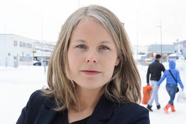 Kirsti Bergstø mener Erna Solberg moraliserer norske kvinner som ikke føder nok barn.