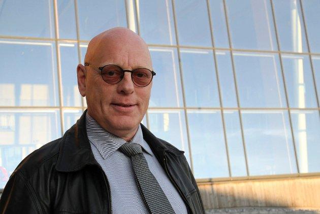 SKUFFET: Terje Soløy (V) mener Telenor rammer Finnmark med sitt valg om å legge ned Vardø Radio.
