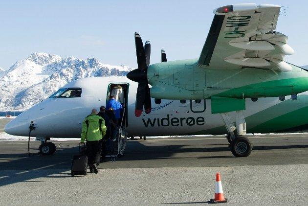 KLAGEBEHANDLING: Flypassasjer klagde Widerøe inn til myndighetene. Illustrasjon.