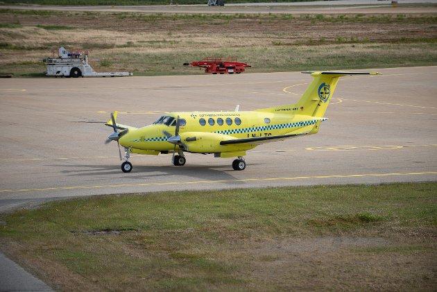 Lufttransports Beech King Air B200 ambulansefly på Lakselv lufthavn Banak.