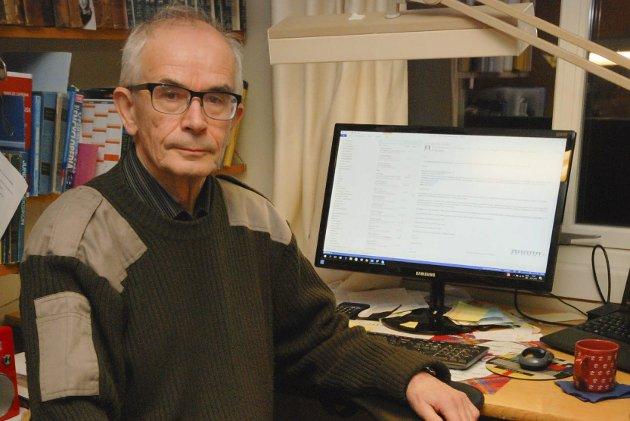 HISTORIKER: Steinar Pedersen har forsket på fiskerettighetene i Tanaelva helt tilbake til 1600-tallet blant annet.