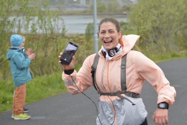 Smilene satt løst hos løperne på 24-kilometeren.
